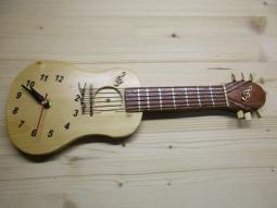 Wanduhr Gitarre (klein) SONDERAKTION